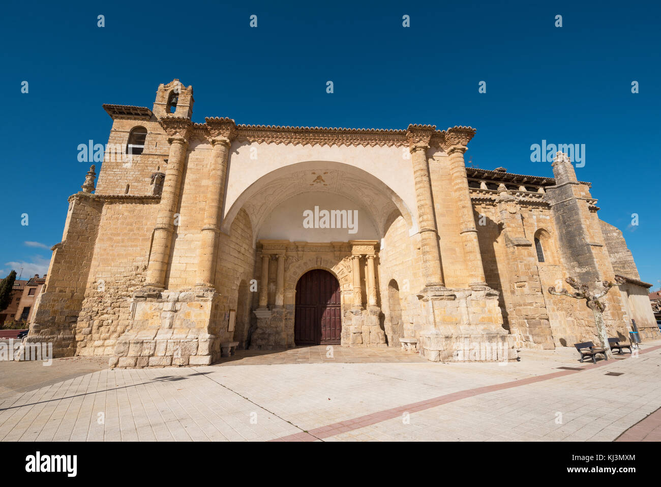 San Pedro church in Fromista, Palencia, Castilla y León, Spain. - Stock Image
