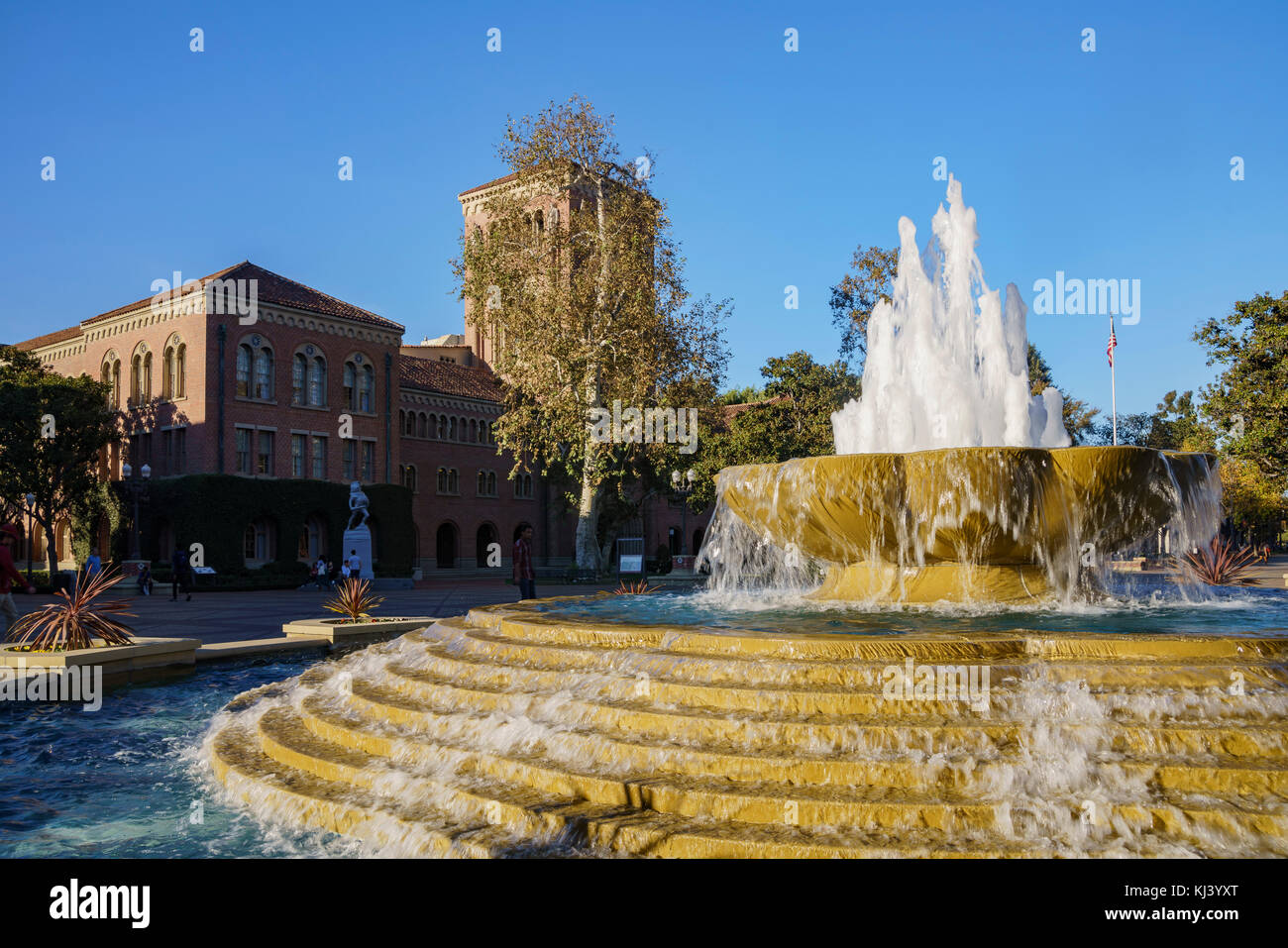 Los Angeles, NOV 19: Bovard Aministration and fountain on NOV 19, 2017 at Los Angeles, California, United States - Stock Image