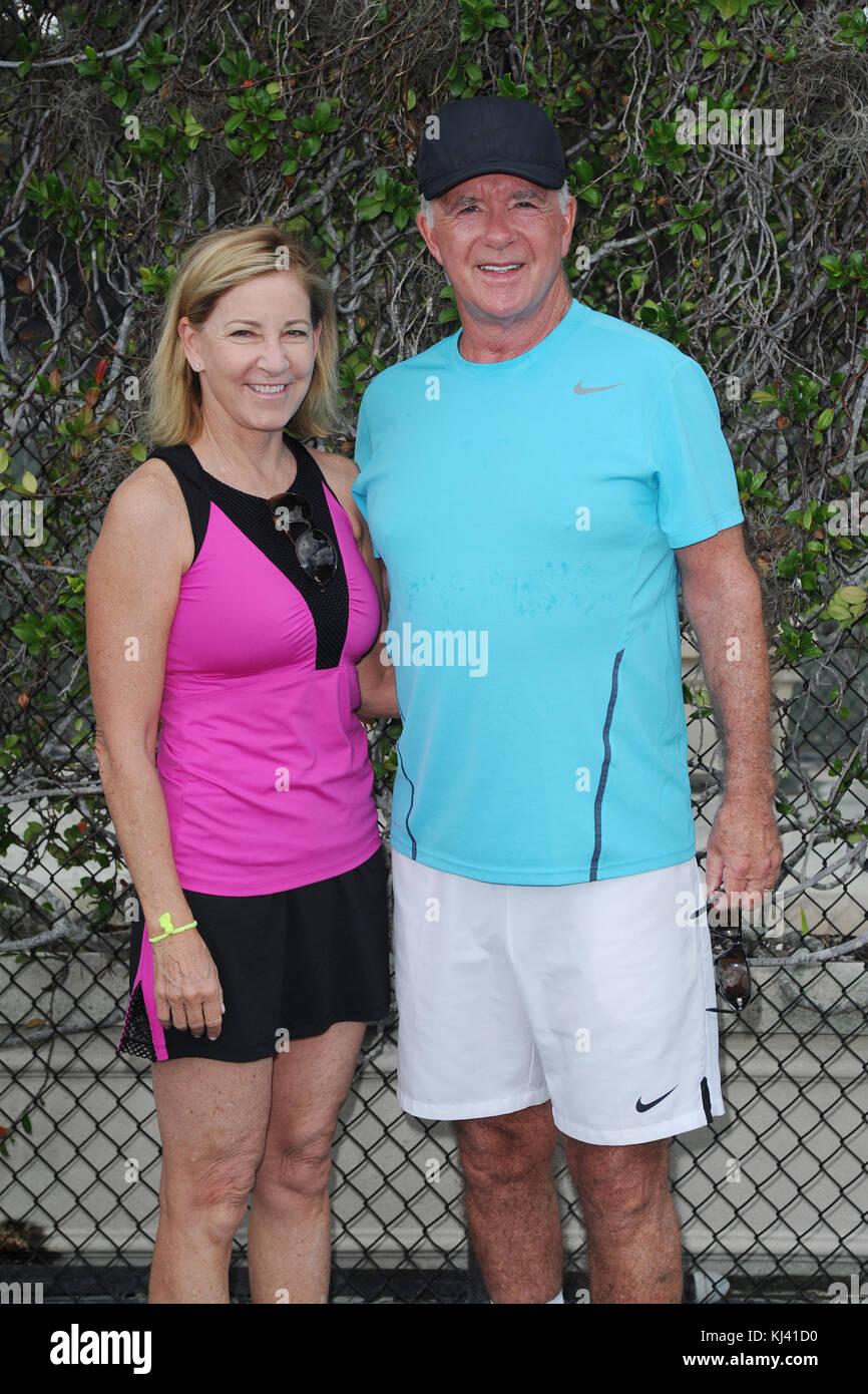 BOCA RATON, FL - NOVEMBER 18: Chris Evert, Alan Thicke at The Boca Raton Resort Tennis Center for the 27th Annual - Stock Image
