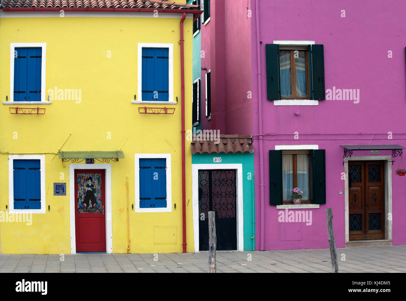 Purple Walls Stock Photos & Purple Walls Stock Images - Alamy