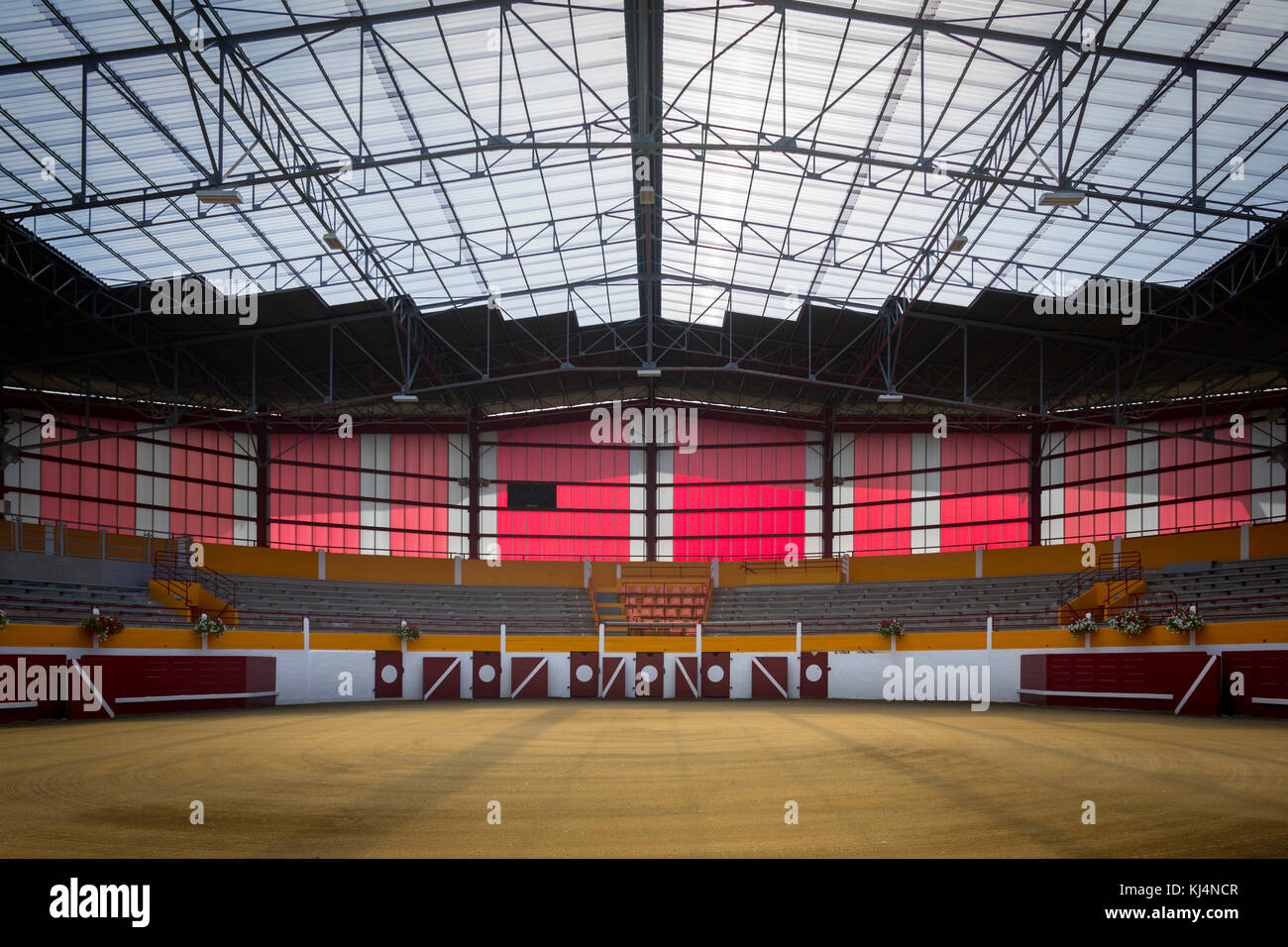 An interior view of the recently renovated Pomarez Arena (40360) (Landes (40), Nouvelle-Aquitaine, France). Stock Photo