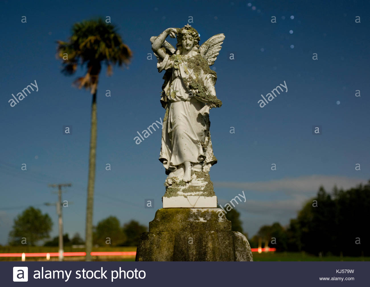 Presiding angel, Pukerimu Cemetery, Cambridge NZ - Stock Image