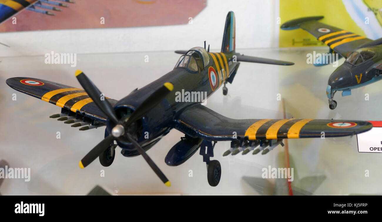 Model of a French Navy F4U-7 Corsair Flottille 14, a French carrier used during the Suez Crisis. Dated 20th Century - Stock Image