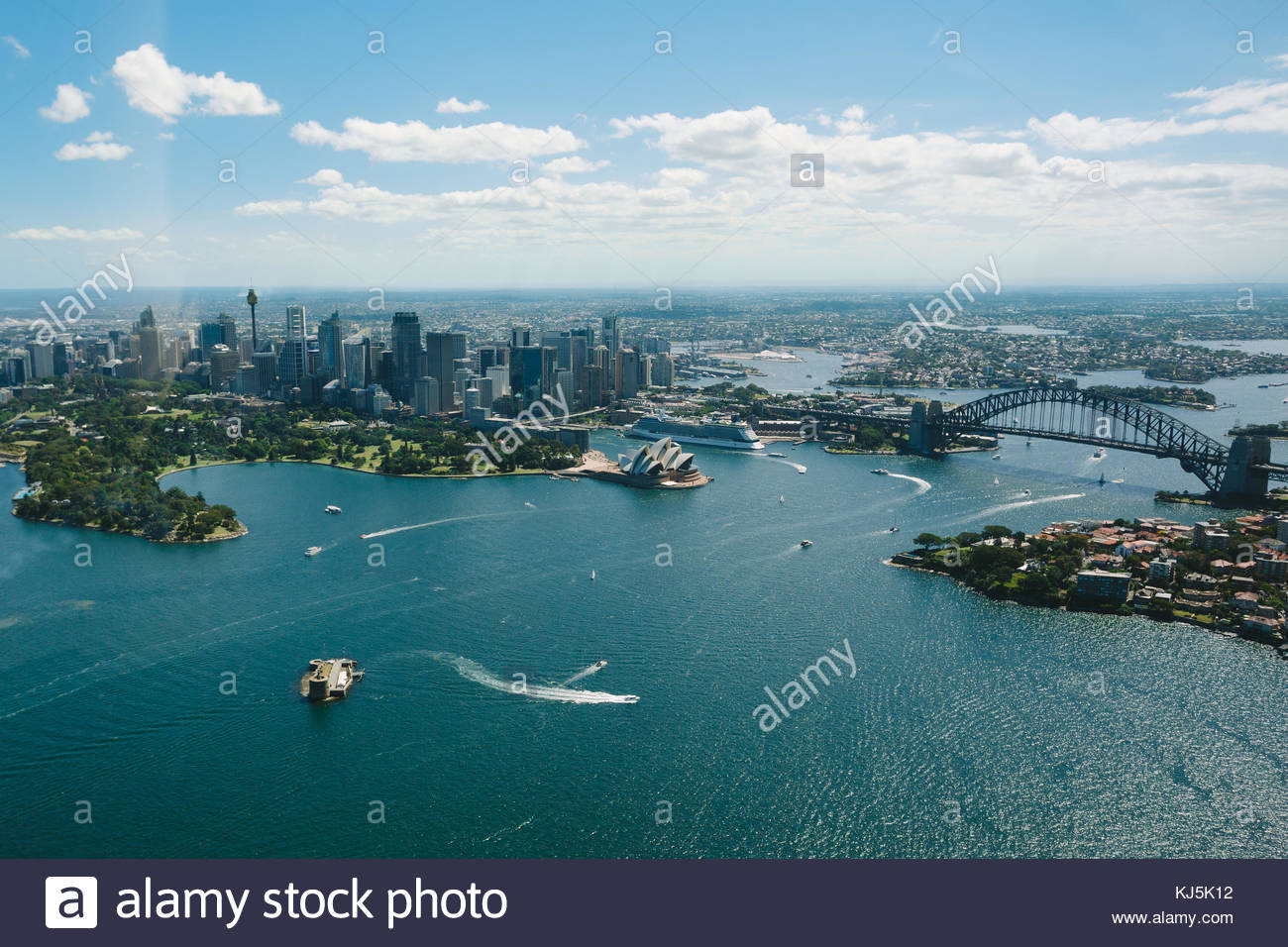 Sidney Opera house and harbour - Stock Image