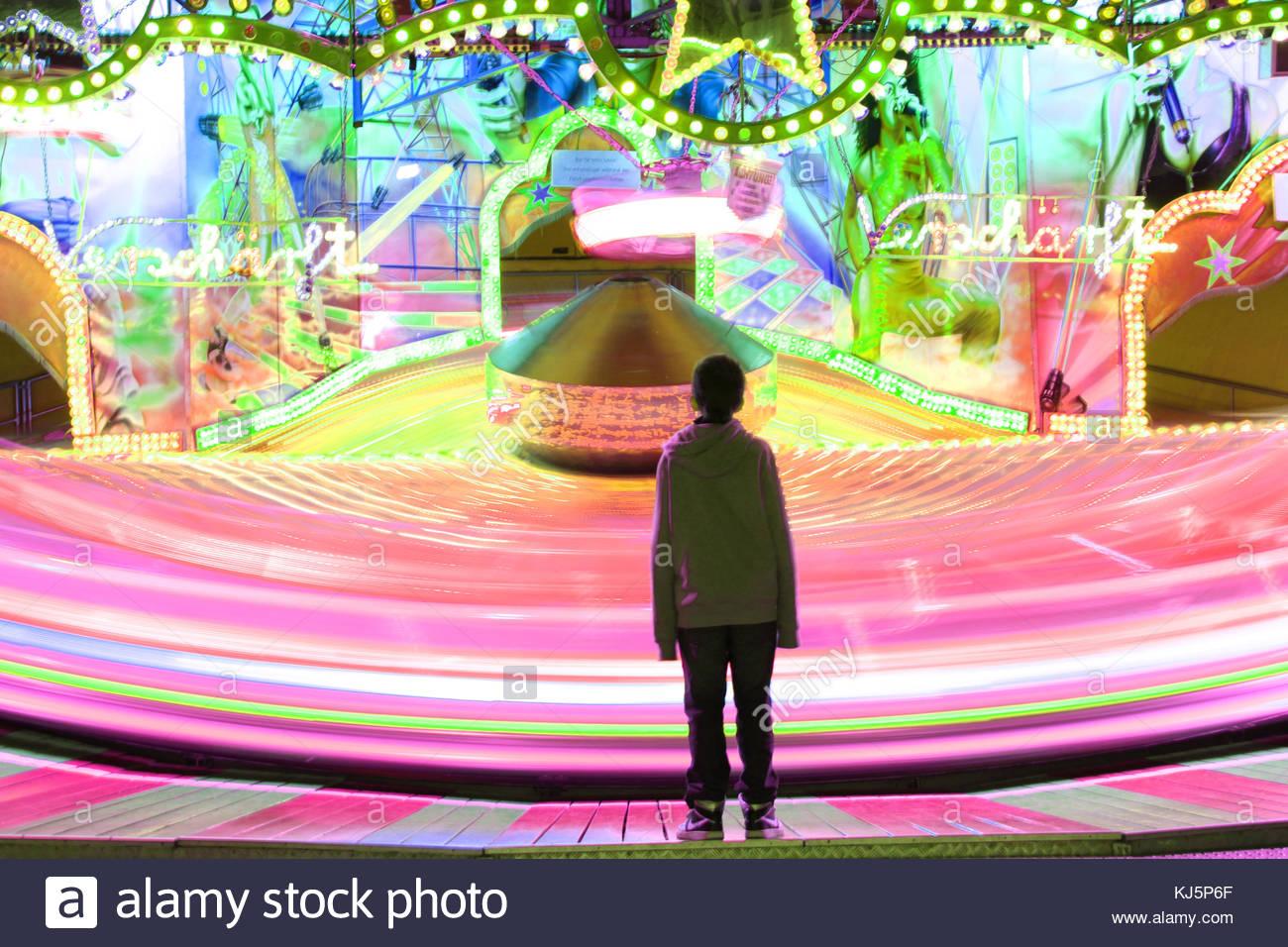 Amusment park ride, long exposure - Stock Image