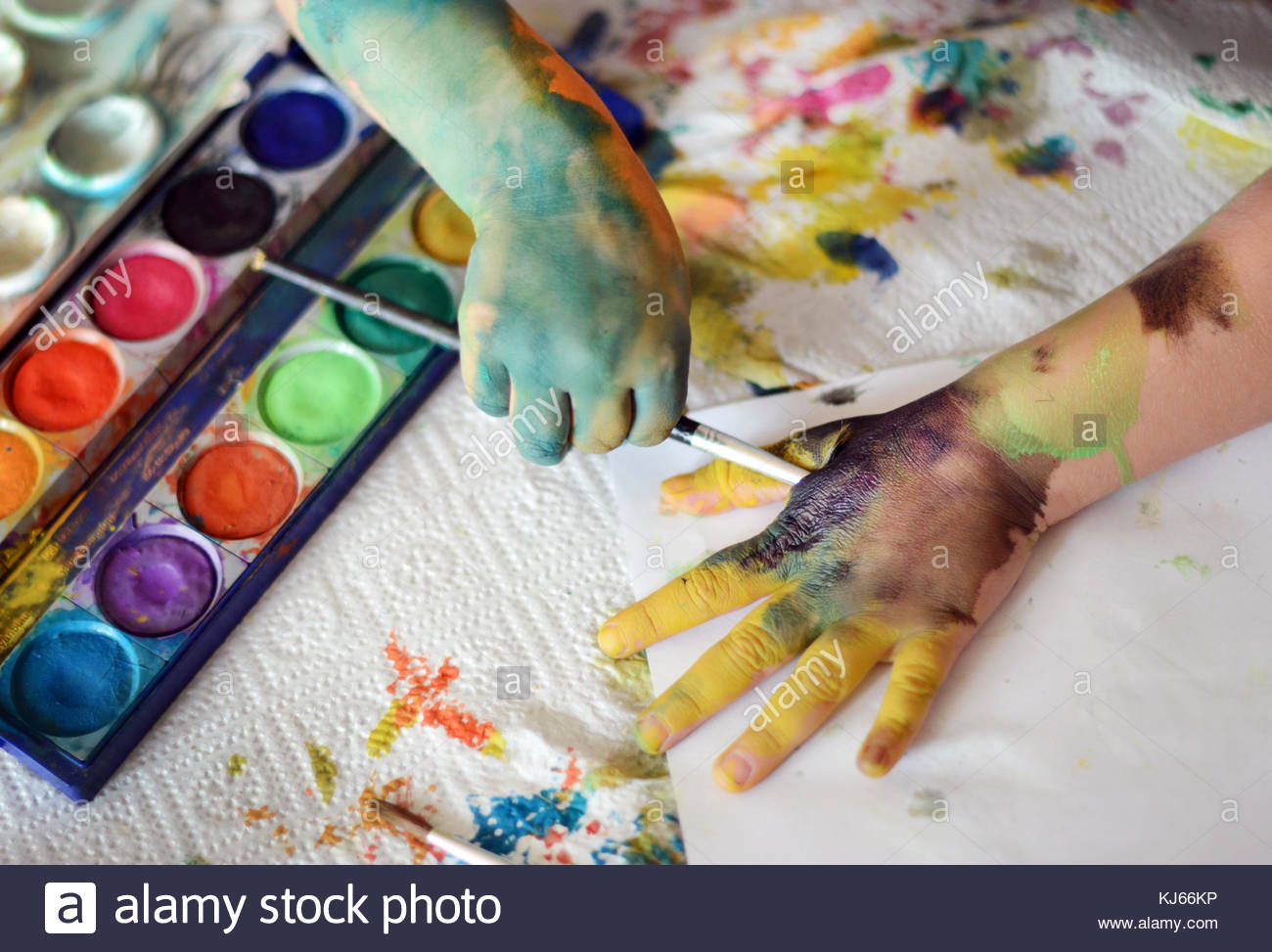 Toddler painting - Stock Image