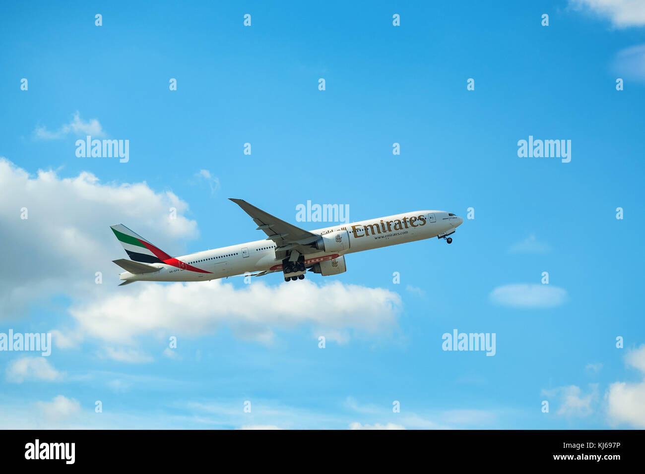 DUBAI, UAE - DECEMBER, 2016: Boeing 777 - Stock Image