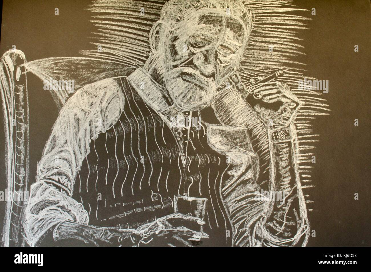 White chalk drawing on blackboard of old man with whisky glass and cigar - Stock Image