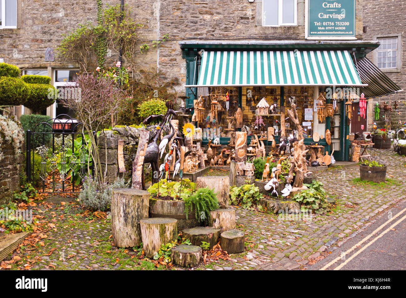 Grassington,Village Centre,Shops,Inns,Hotels,B & B's Accommodation,Pubs,Hotels,Village Shops,North Yorkshire Dales,UK,GB Stock Photo