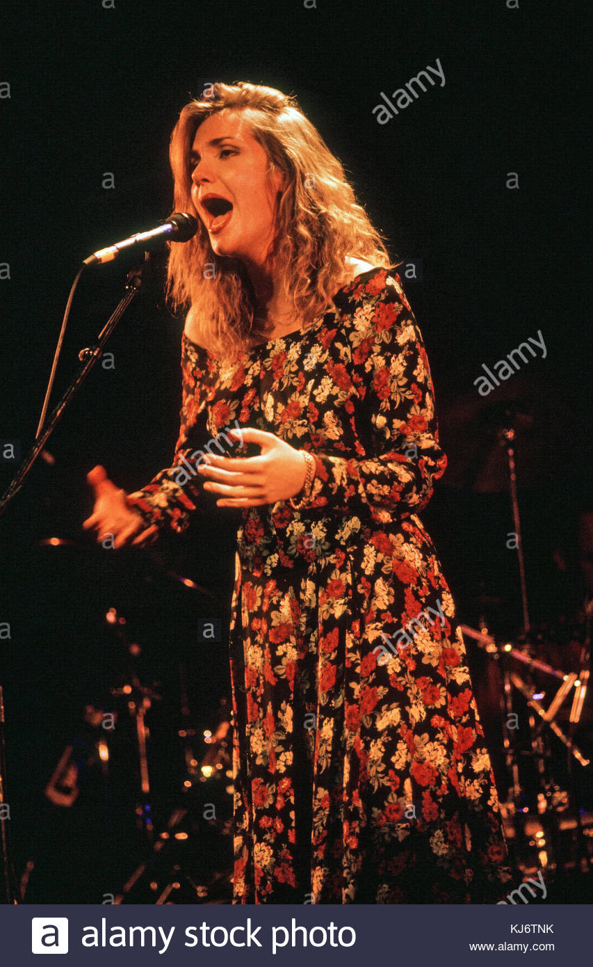 Ellen Reid Singer