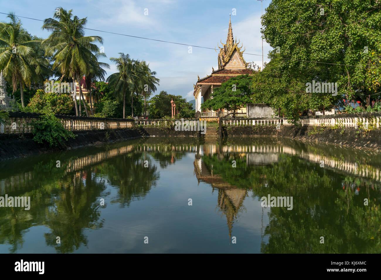 buddhistischer Tempel in Kampot, Kambodscha, Asien  | buddhist Wat in  Kampot, Cambodia, Asia Stock Photo