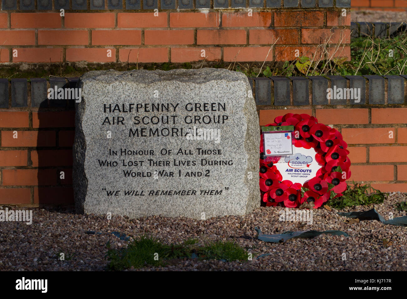 Halfpenny Green Air Scout Memorial with poppy wreath. Wolverhampton  Halfpenny Green Airport. Staffordshire. England. - Stock Image