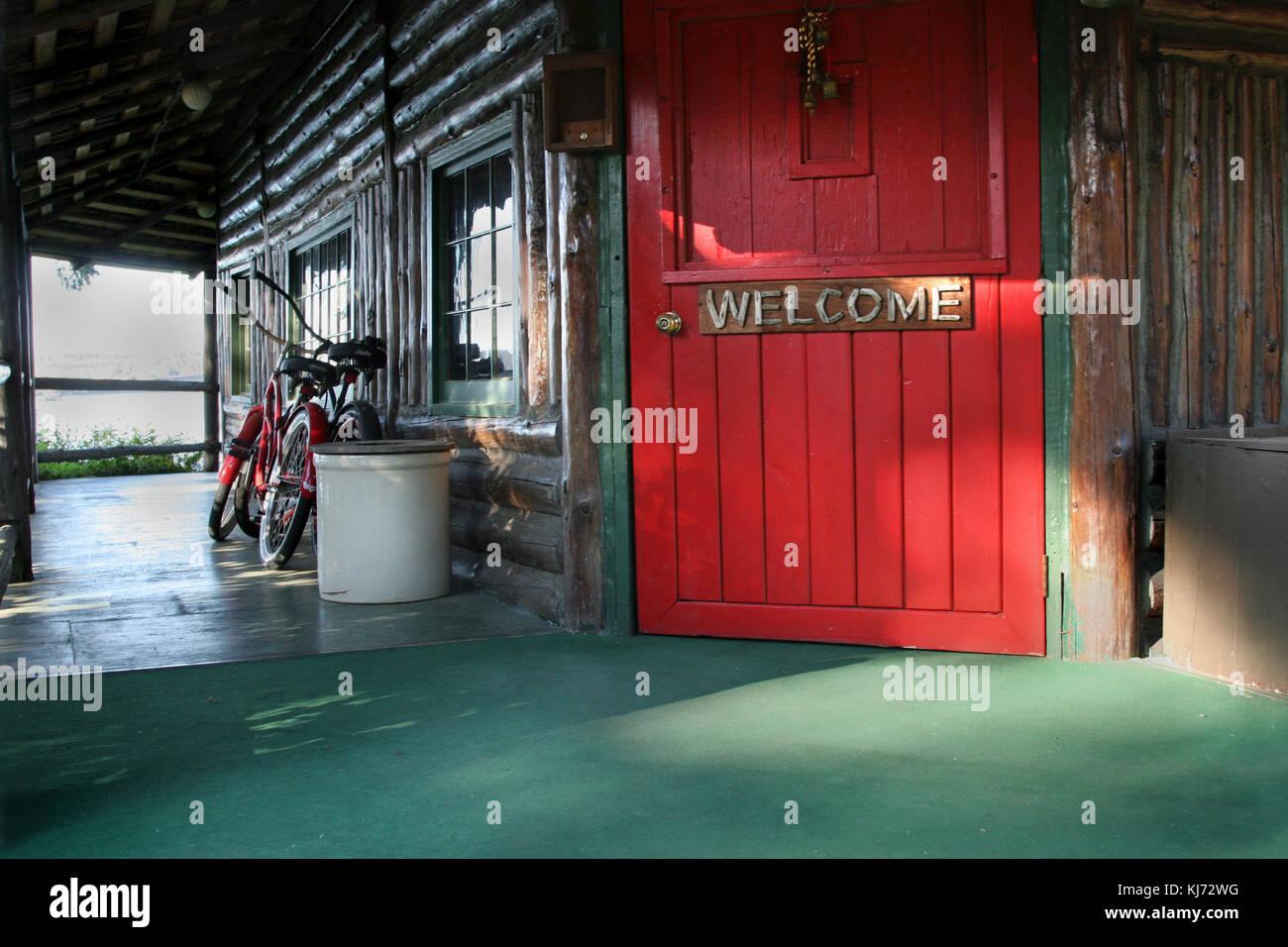 Red Door Porch Stock Photos Red Door Porch Stock Images Alamy
