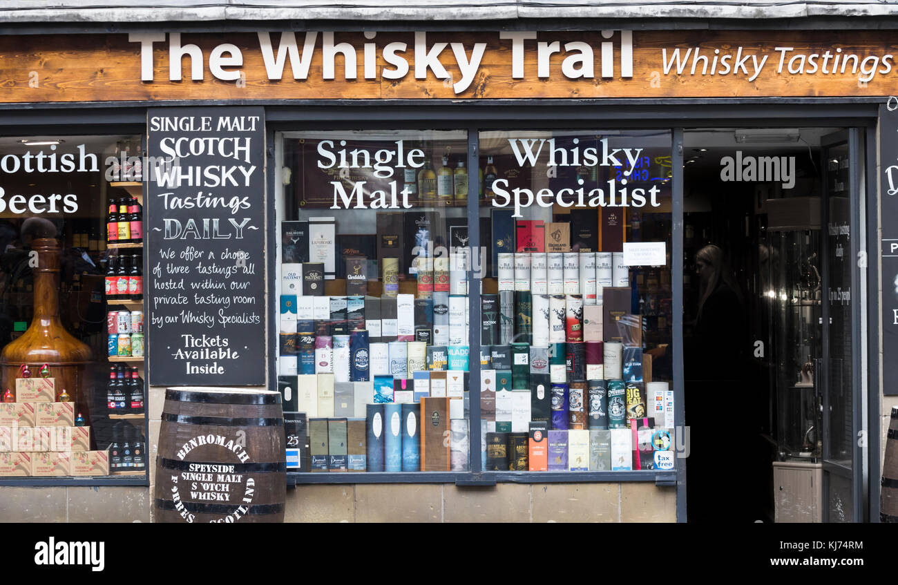 The Whisky Trail shop on The Royal Mile in Edinburgh, Scotland, UK - Stock Image