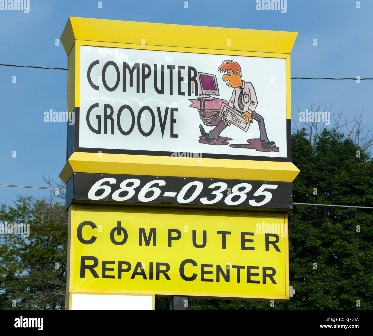 Computer Repair Shop Stock Photos Repairing Circuit Board Royalty Free Photo Image Groove Center Sign Manitowoc Wisconsin