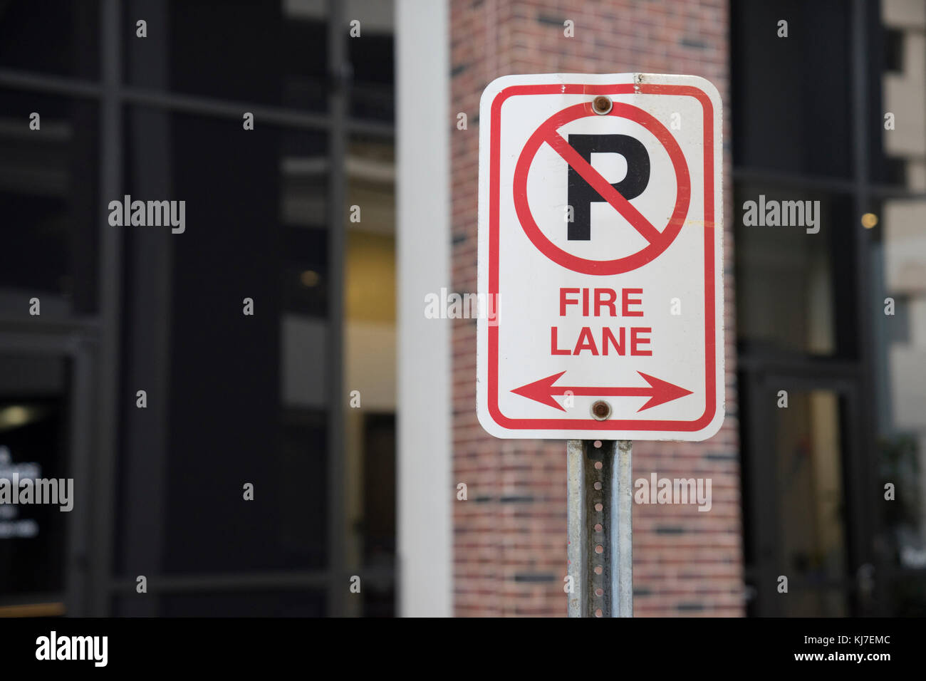 Fire Lane No Parking Sign Outside - Stock Image