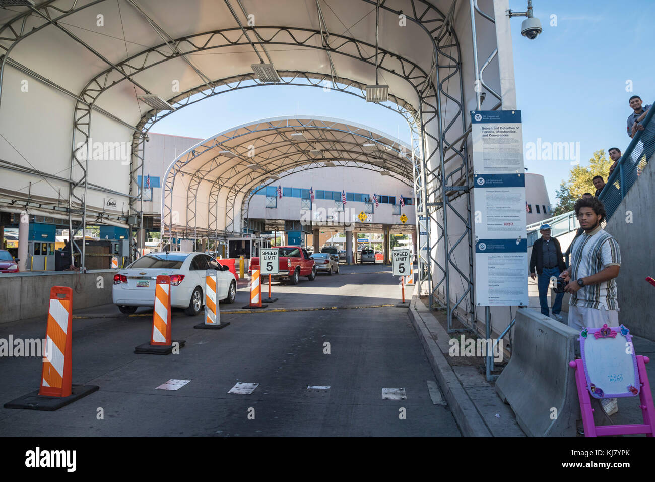 Nogales, Arizona - The Nogales-Grand Avenue border crossing between the United States and Mexico. - Stock Image