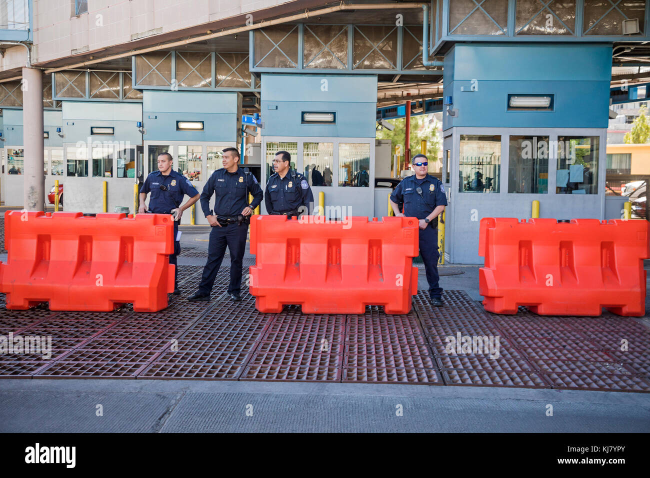 Nogales, Arizona - U.S. Customs and Border Protection Agents at the Nogales-Grand Avenue border crossing between - Stock Image