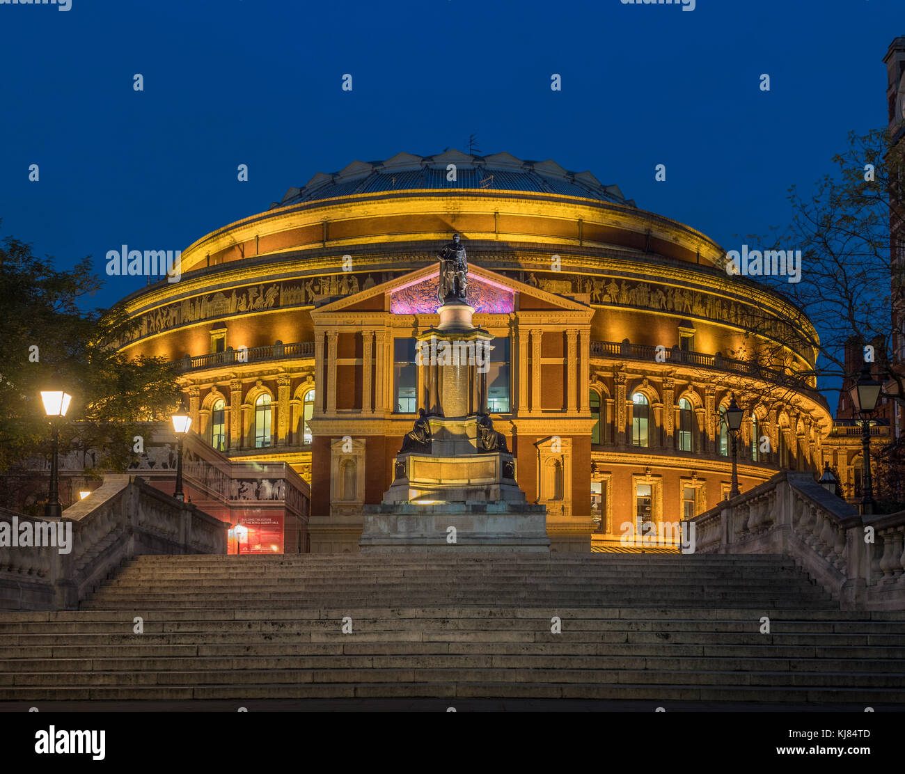 Queen Elizabeth II Diamond Jubilee Steps, Royal Albert Hall, London, UK at dusk - Stock Image