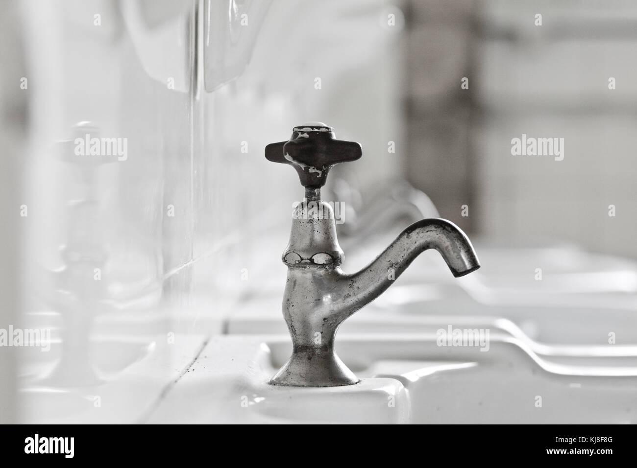 alte Waschbecken Stock Photo