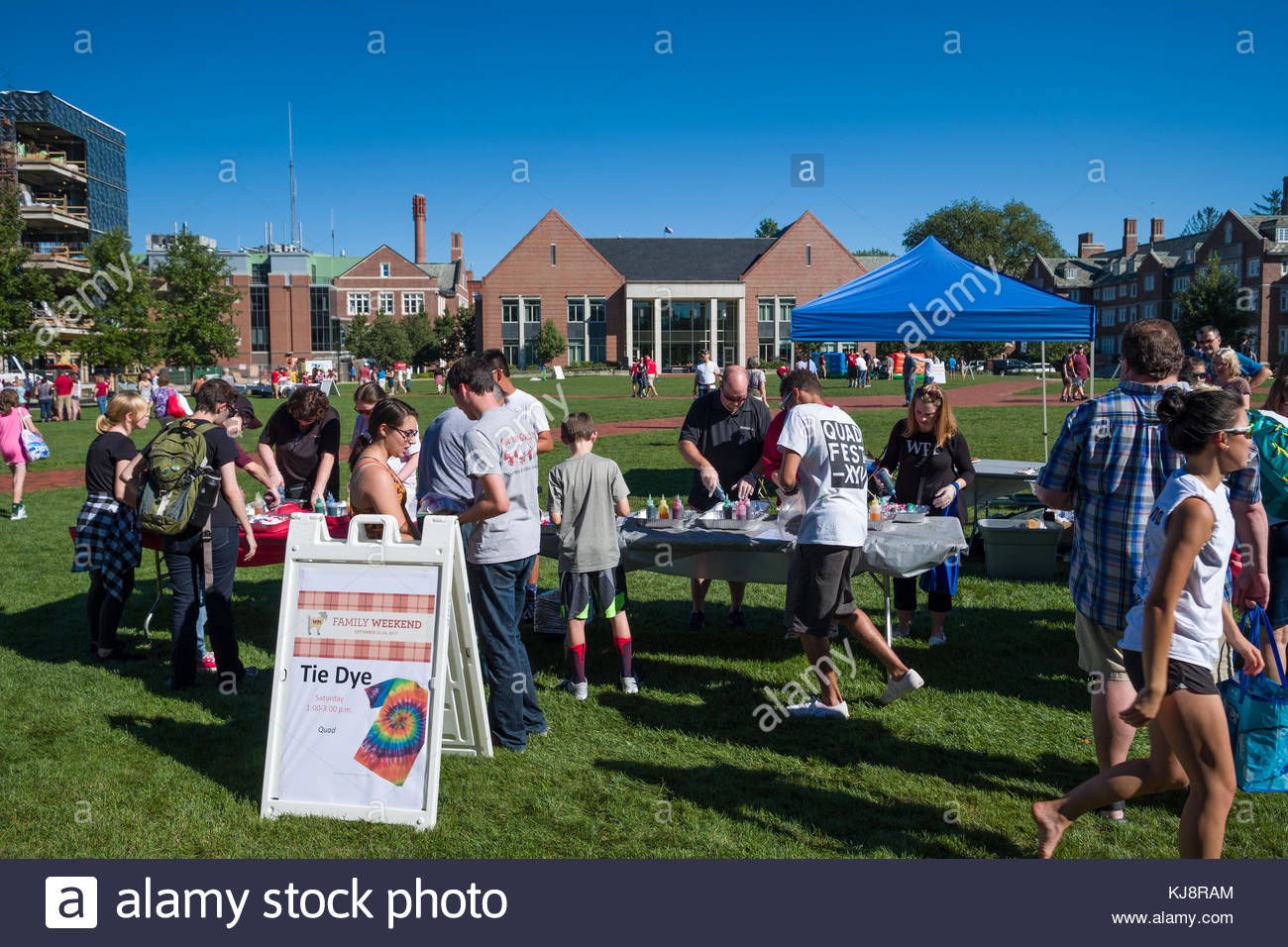5810913e People making Tie Dye shirts during the 2017 WPI family weekend, Worcester  Polytechnic Institute, Worcester, Worcester County, Massachusetts, USA
