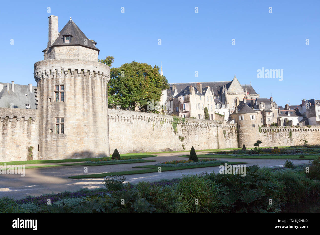The ramparts of Vannes at drawing level with the Constable tower, the highest of the outer walls (Brittany - France). - Stock Image