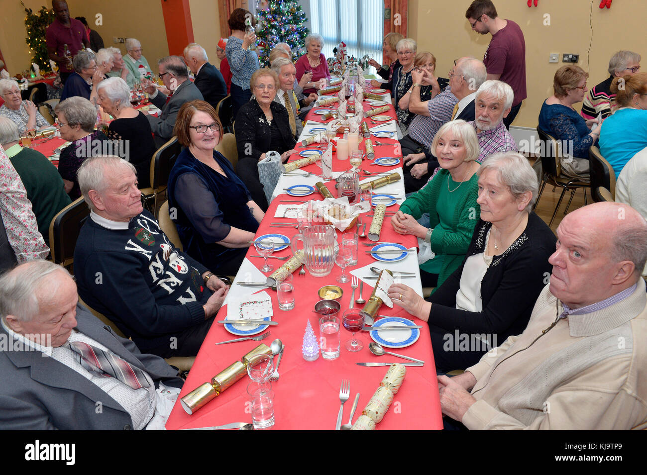 Pensioners having Christmas lunch at Age Concern centre in Londonderry, Northern Ireland. ©George Sweeney / - Stock Image