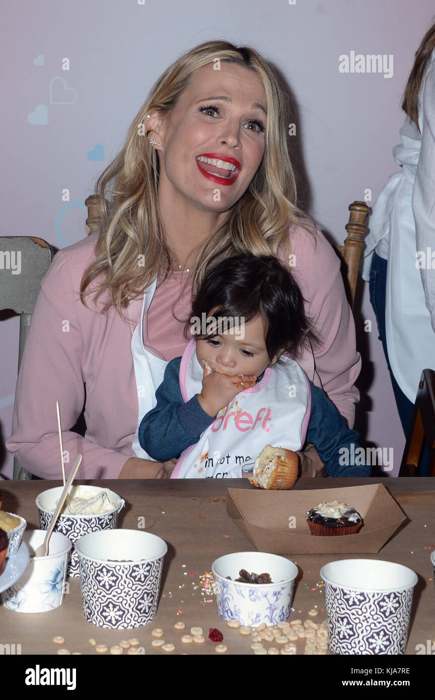 NEW YORK, NY - OCTOBER 25: Actress/model Molly Sims attends the America's Messiest Baby Contest Launch at Maman - Stock Image