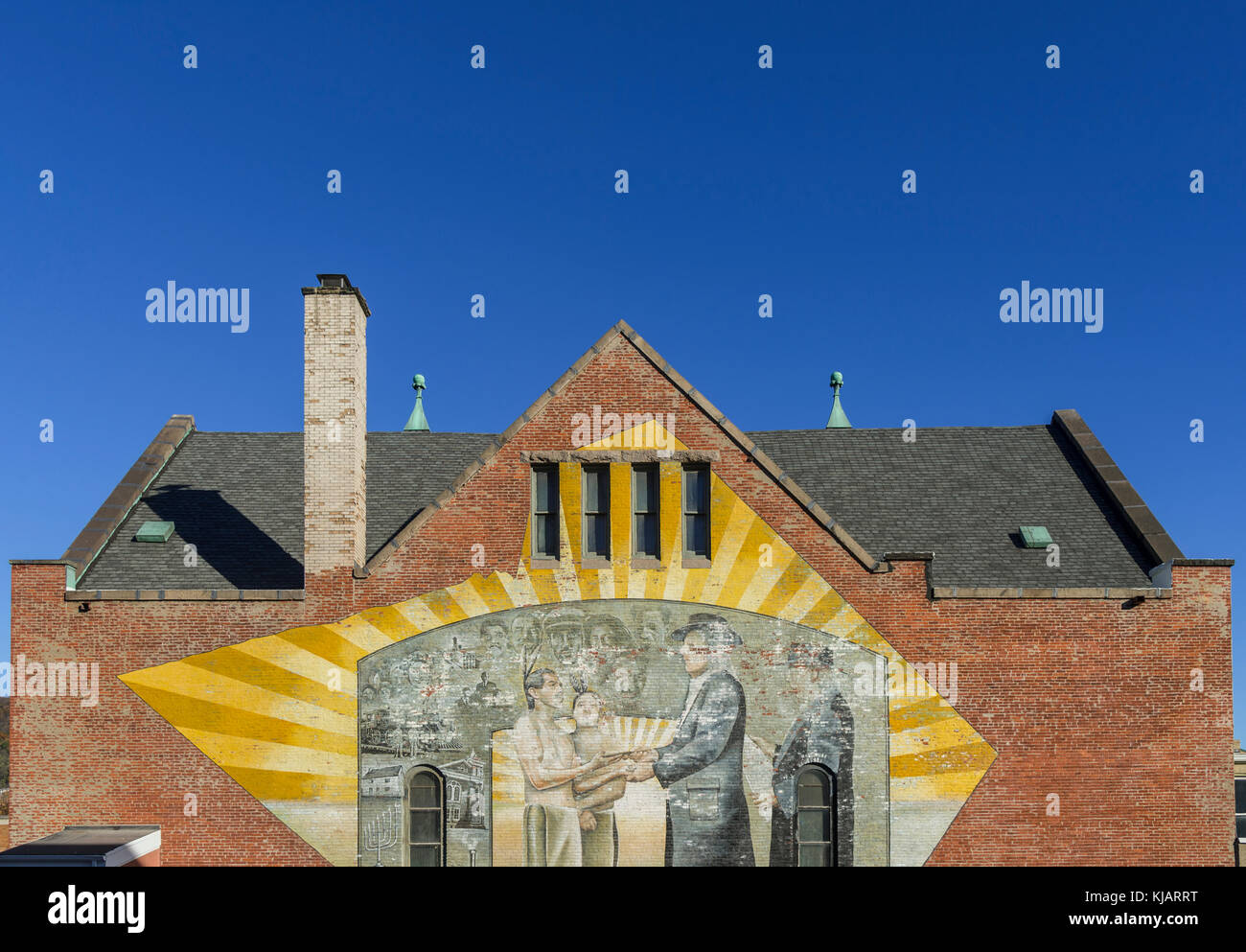Outdoor Mural Depicting Willam Penn & Native Americans, reading PA USA - Stock Image