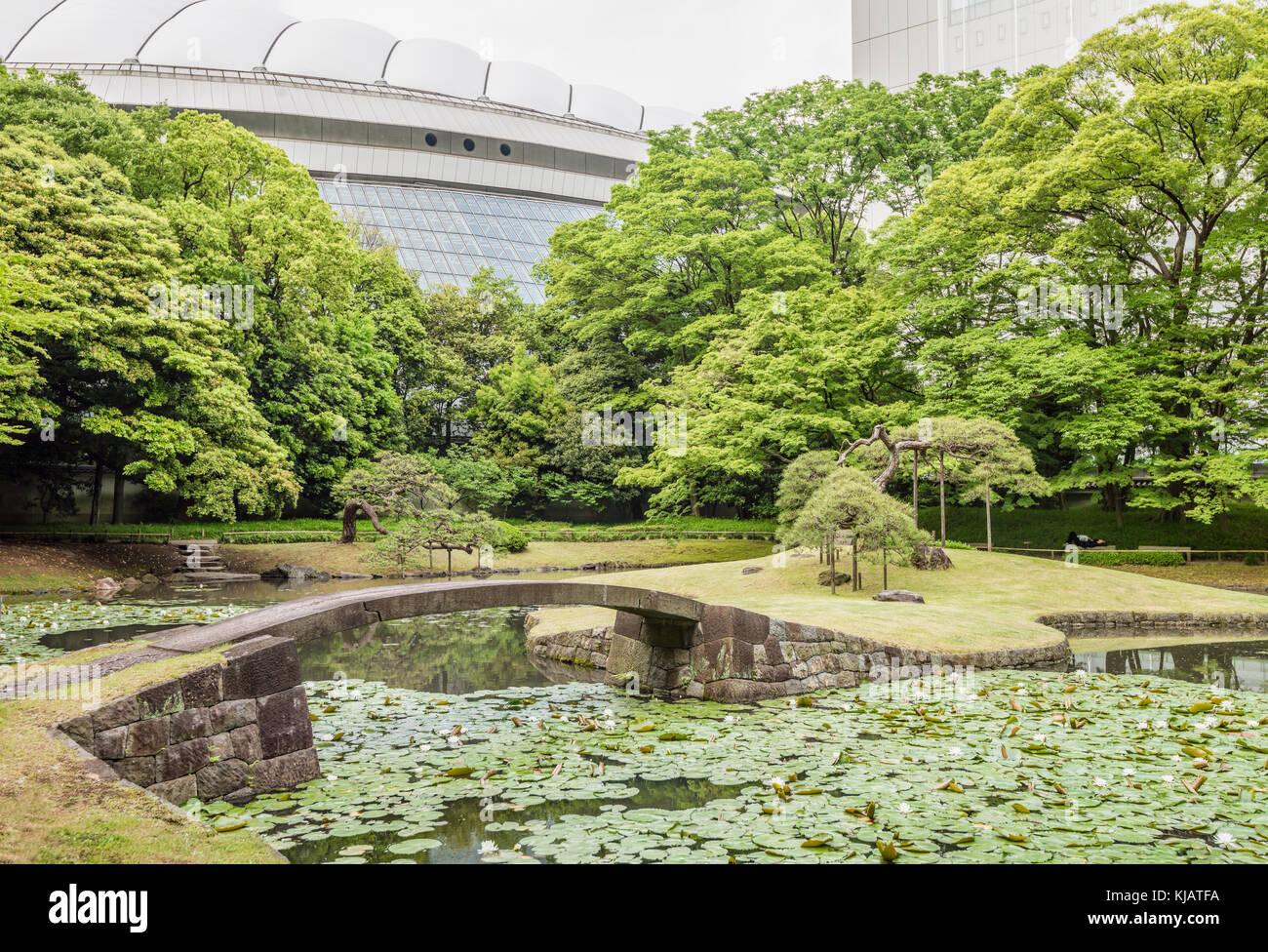 Uchi-Niwa at Koishikawa Korakuen Gardens, Tokyo, Japan   Uchi-Niwa im Koishikawa Korakuen Garten, Tokio, Japan - Stock Image
