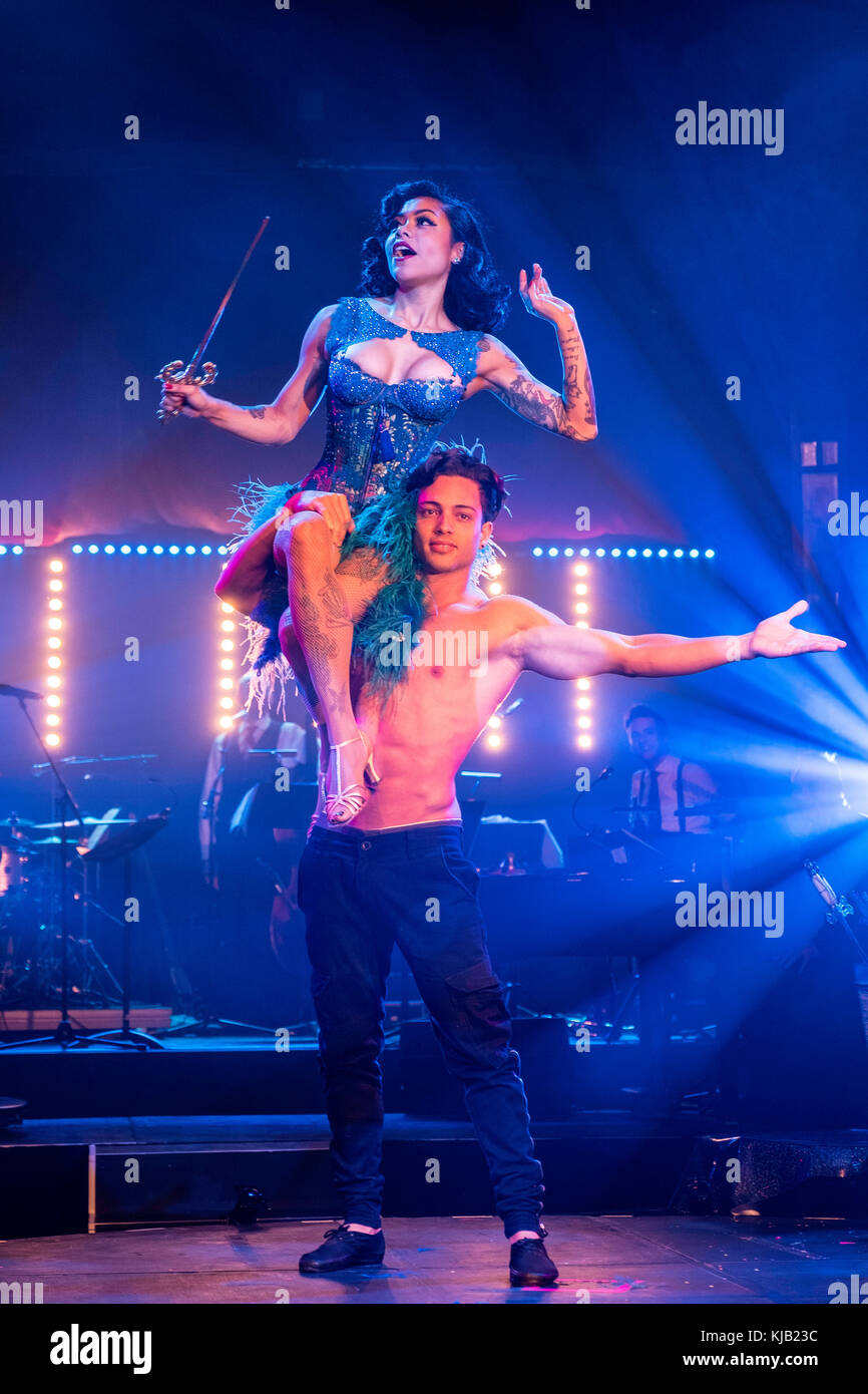 Cabaret group Le Clique present their Christmas show Le Clique Noel at the Spiegeltent in Edinburgh as part of the - Stock Image