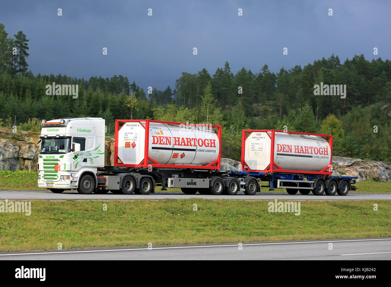 PAIMIO, FINLAND - AUGUST 26, 2016: Scania R500 of Team Finnkane Oy transports two Den Hartogh liquid containers - Stock Image