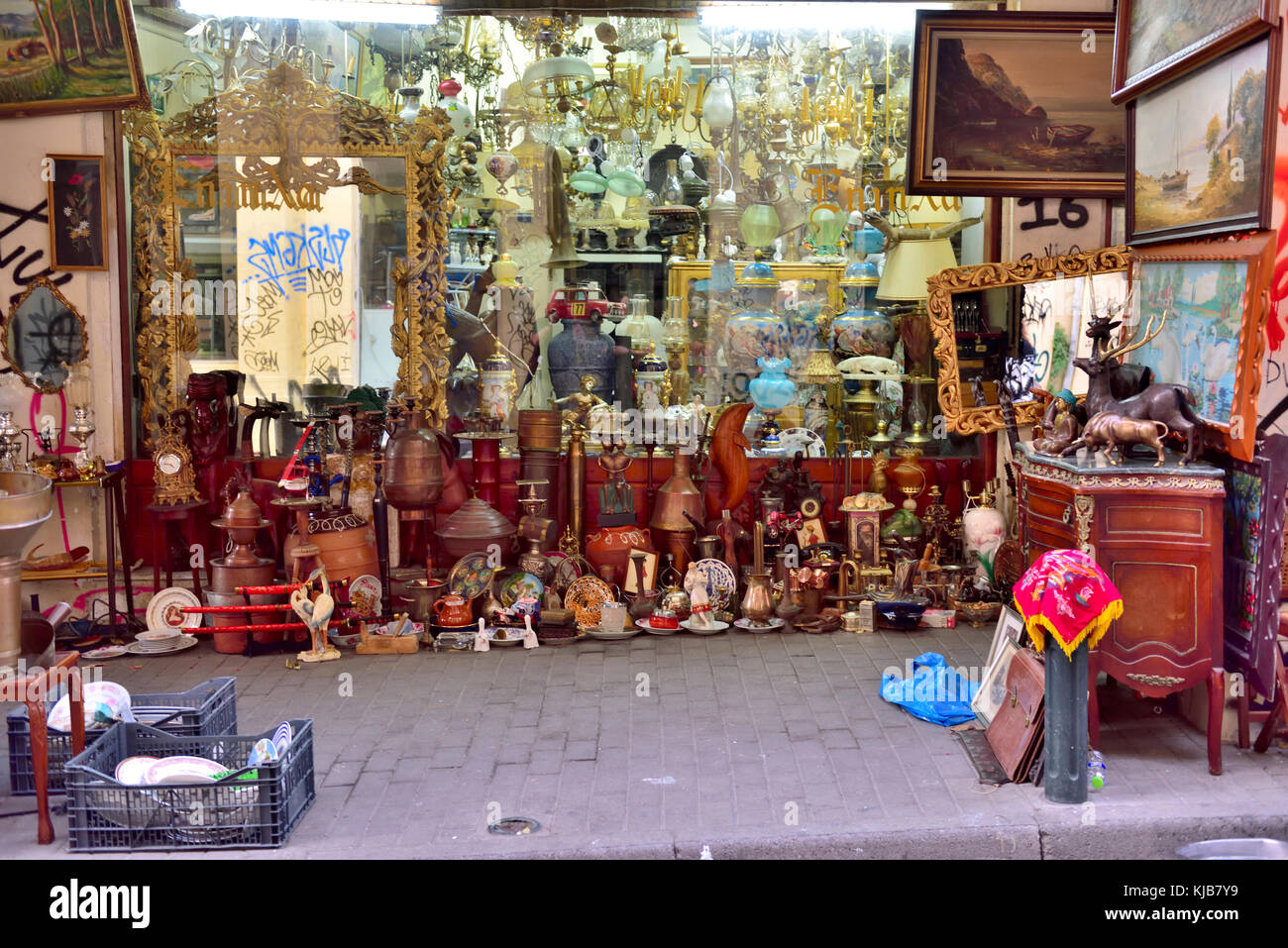 Street market with bric-a-brac, antiques and collectables in Monastiriaki area of central Athens, Greece - Stock Image
