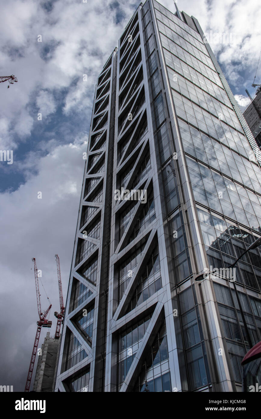 view on the mind-blowing heron tower in the city of London, with its 230m height it is the tallest building in the - Stock Image