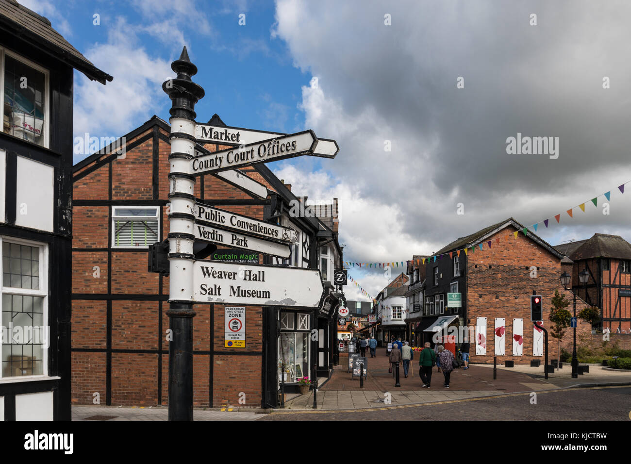 Pedestrian signpost at High Street showing directions to the points of interest in Northwich, Cheshire, UK - Stock Image