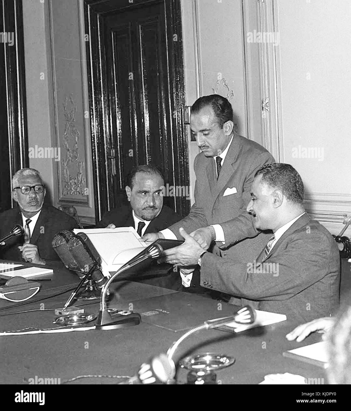A meeting between Yemen represented by President Abdullah AL Sallal and Egypt headed by Abdel Nasser 14 July 1964 - Stock Image
