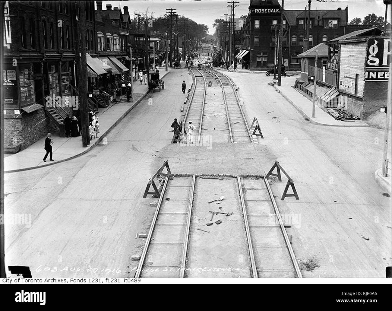 Yonge Street track extension looking north to Shaftesbury Avenue - Stock Image