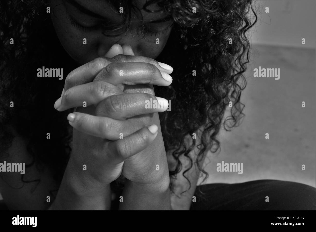 woman praying black and white stock photos images alamy