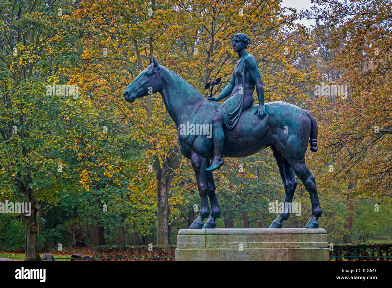 The 1895 Amazone zu Pferde or Amazon On Horseback sculpture by Prussian sculptor Louis Tuaillon in the Tiergarten - Stock Image
