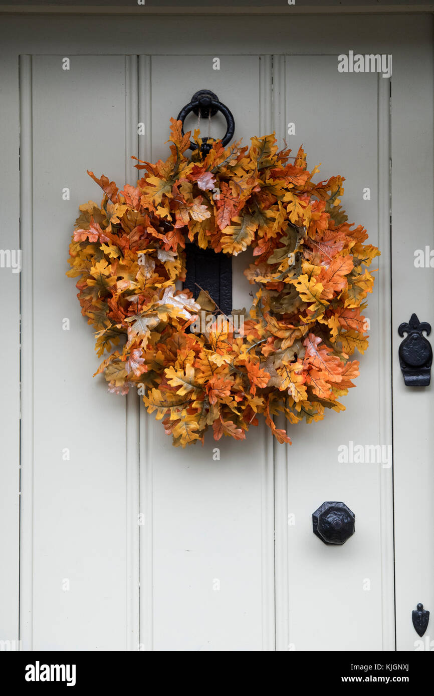 oak leaf wreath stock photos oak leaf wreath stock images alamy