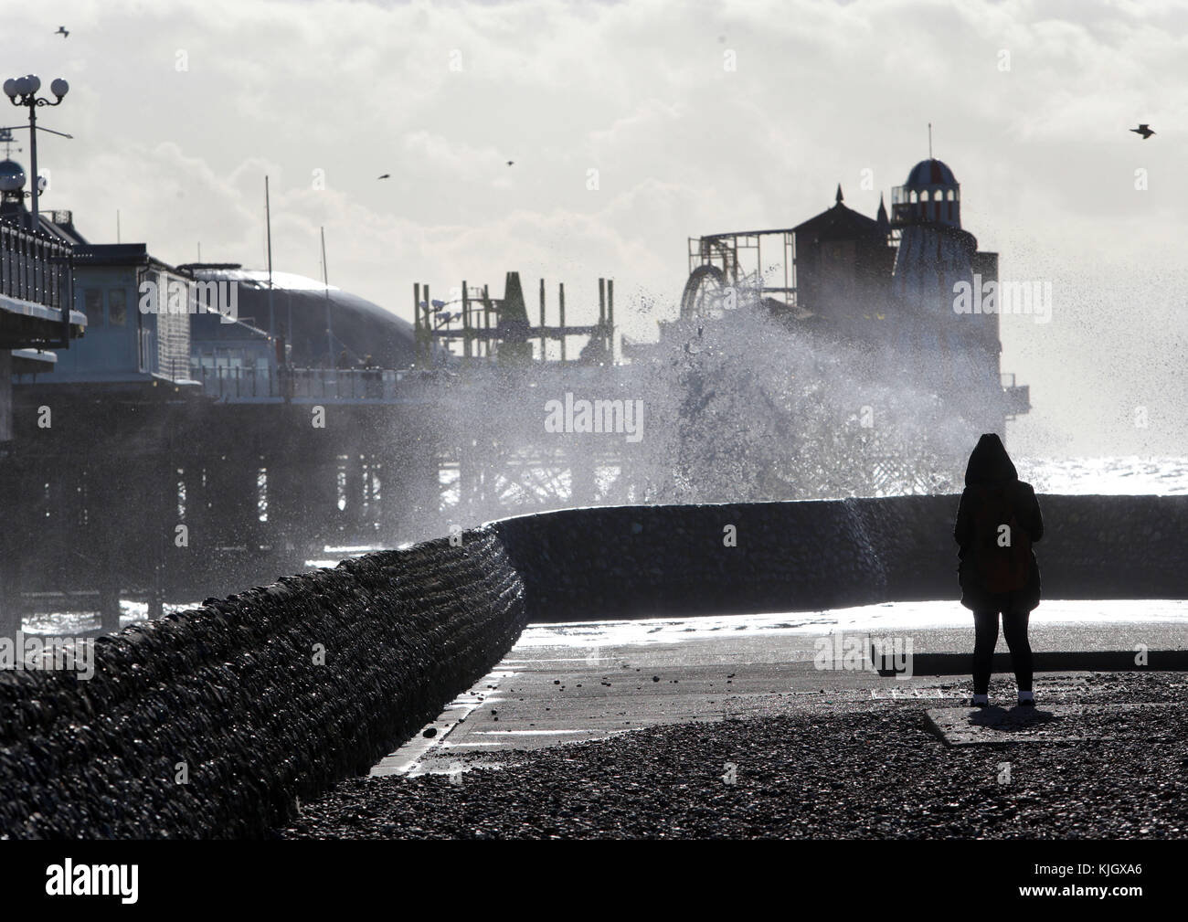 Brighton, UK. 23rd November, 2017. High winds and seas whip up a sea spray in Brighton as Britain braces for a bout Stock Photo
