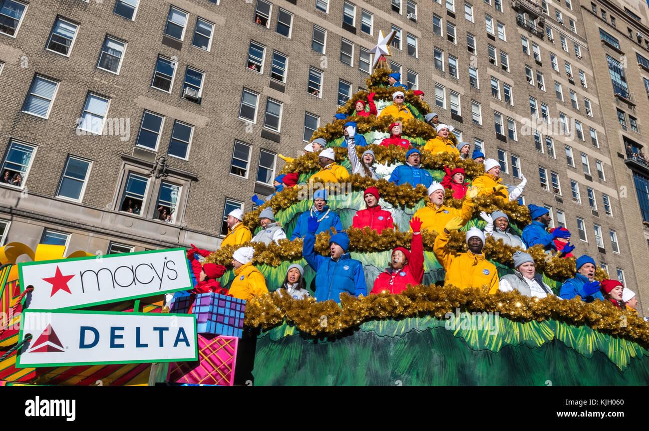 23rd nov 2017 new york usa a - Macys Christmas Decorations 2017