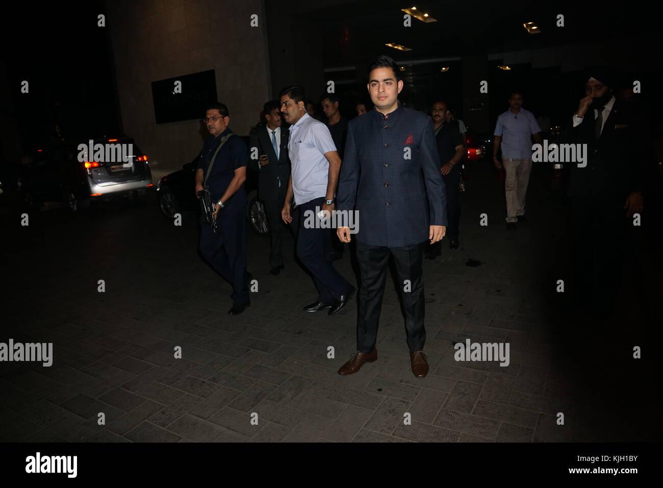 Mumbai, India. 23rd Nov, 2017. India Businessman Mukesh Ambani's son Akash ambani attend Indian cricket former - Stock Image