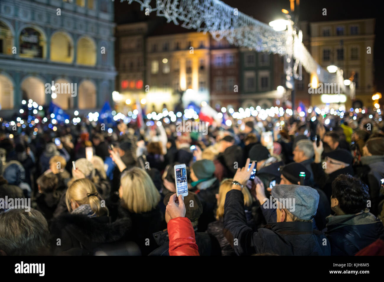 Poznan, Poland. 24th November, 2017. Lights for judiciary - protest against violation the constitutional law in - Stock Image
