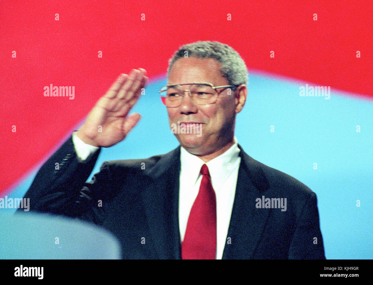 The former Chairman of the Joint Chiefs of Staff Colin L. Powell, United States Army (retired) speaks at the 1996 - Stock Image