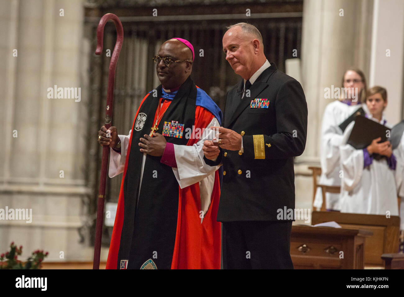 From left, The Right Reverend Carl W. Wright, bishop suffragan for Armed Service and Federal Ministries and U.S. - Stock Image