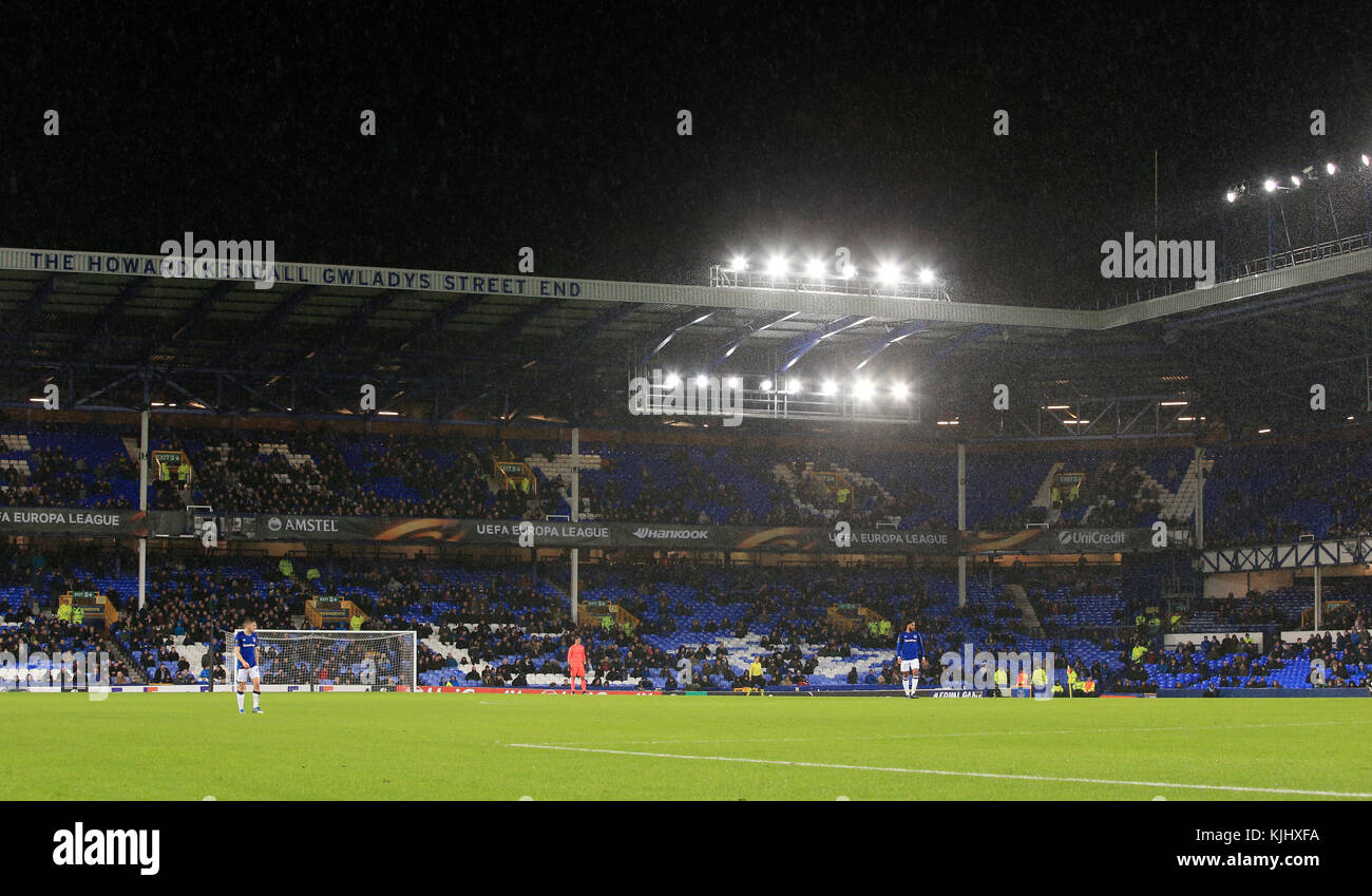 empty-seats-at-goodison-park-during-the-