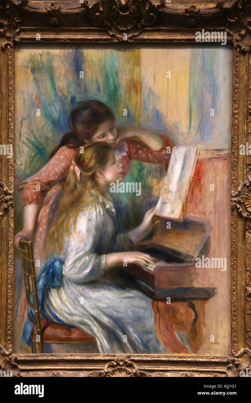 MusŽe de l'Orangerie, Paris. Pierre-Auguste Renoir, Jeunes filles au piano, vers 1892. Huile sur toile. France. - Stock Image