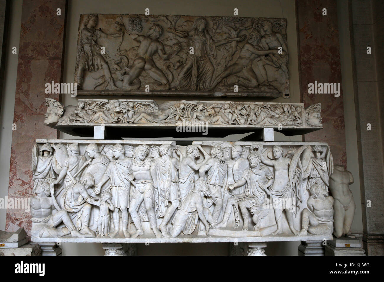 Vatican museums, Rome. Pio Clementino museum. Sarcophagus. Military triumph. Barbarians defeated by a Roman general. - Stock Image