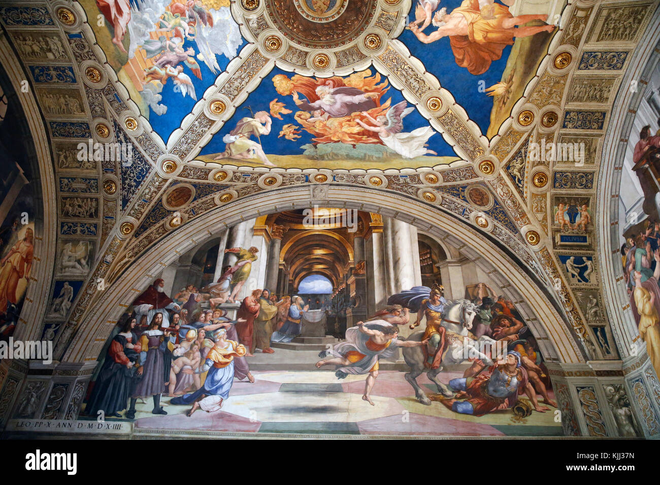 Vatican museums, Rome. Raphael's rooms. The expulsion of Heliodorus from the Temple, 1511-12. Italy. - Stock Image